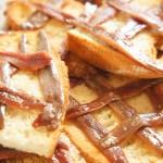 Voor bij de borrel // Toast met ansjovis