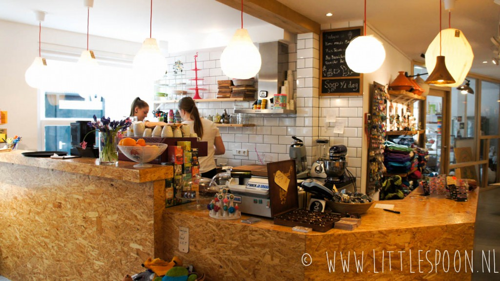 Galerie POP in Domburg voor lekkere koffie en huisgemaakte taartjes