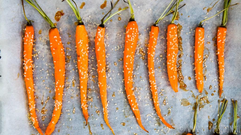 Groente in de hoofdrol: Worteltjes uit de oven met honing en sesam