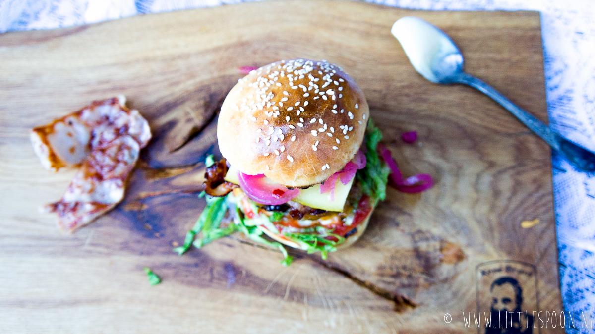 Stop! Burger time // broodje hamburger