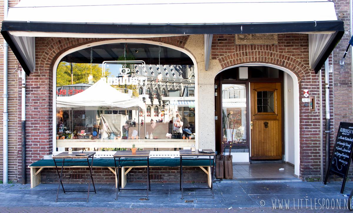 Robuust in Middelburg: koffie, vinyl en een barbier