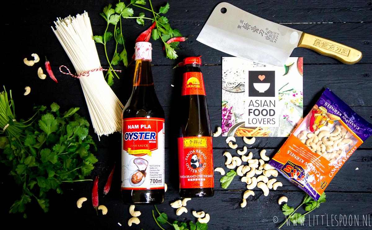 Udon noodles met kip, broccoli en shii-take + Asian Food Lovers