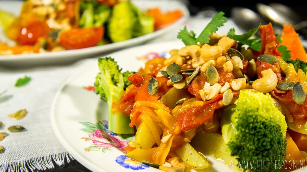 Verwarmende groentecurry