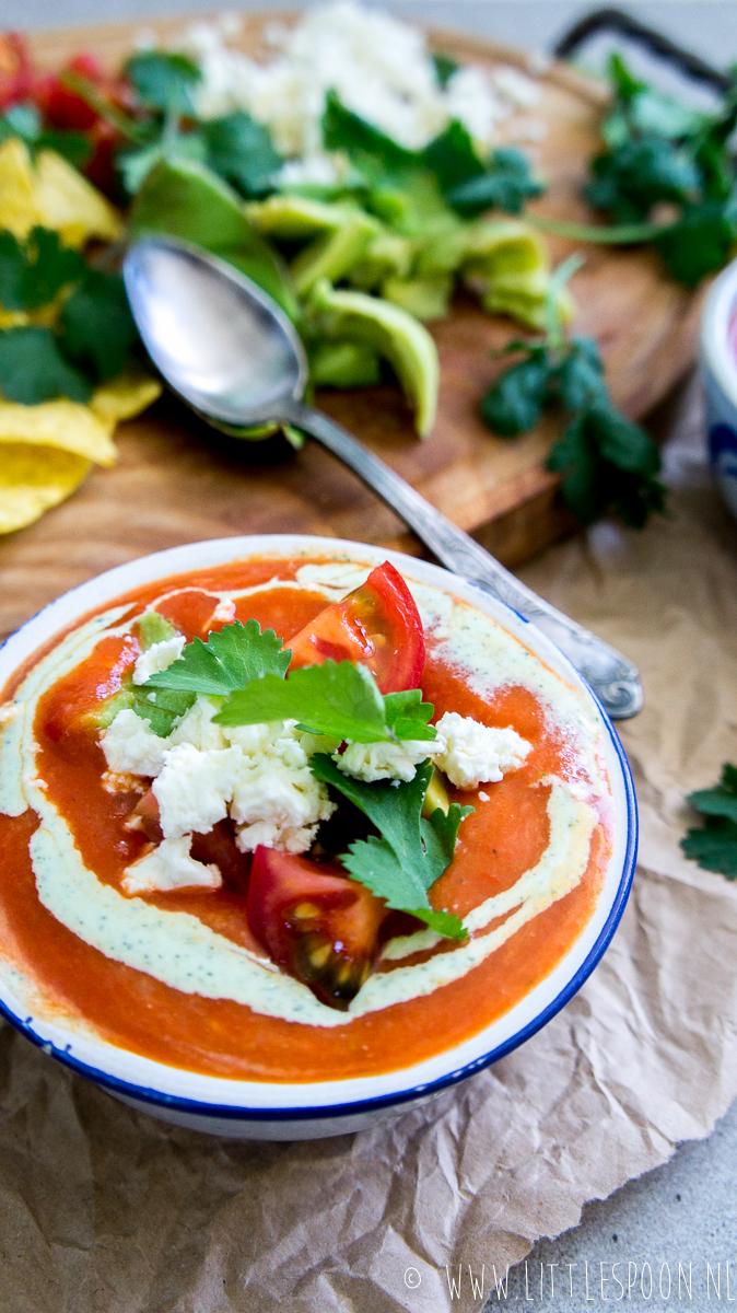 Mexicaanse tomatensoep met paprika