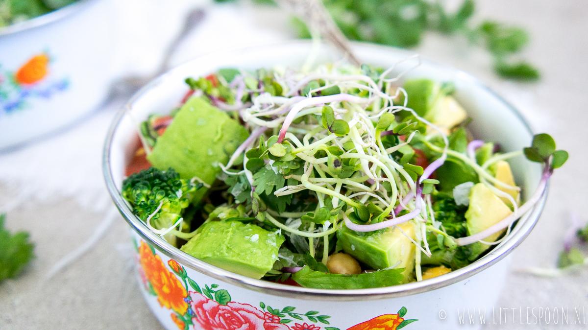 Makkelijke meeneemlunch: kikkererwtensalade met broccoli