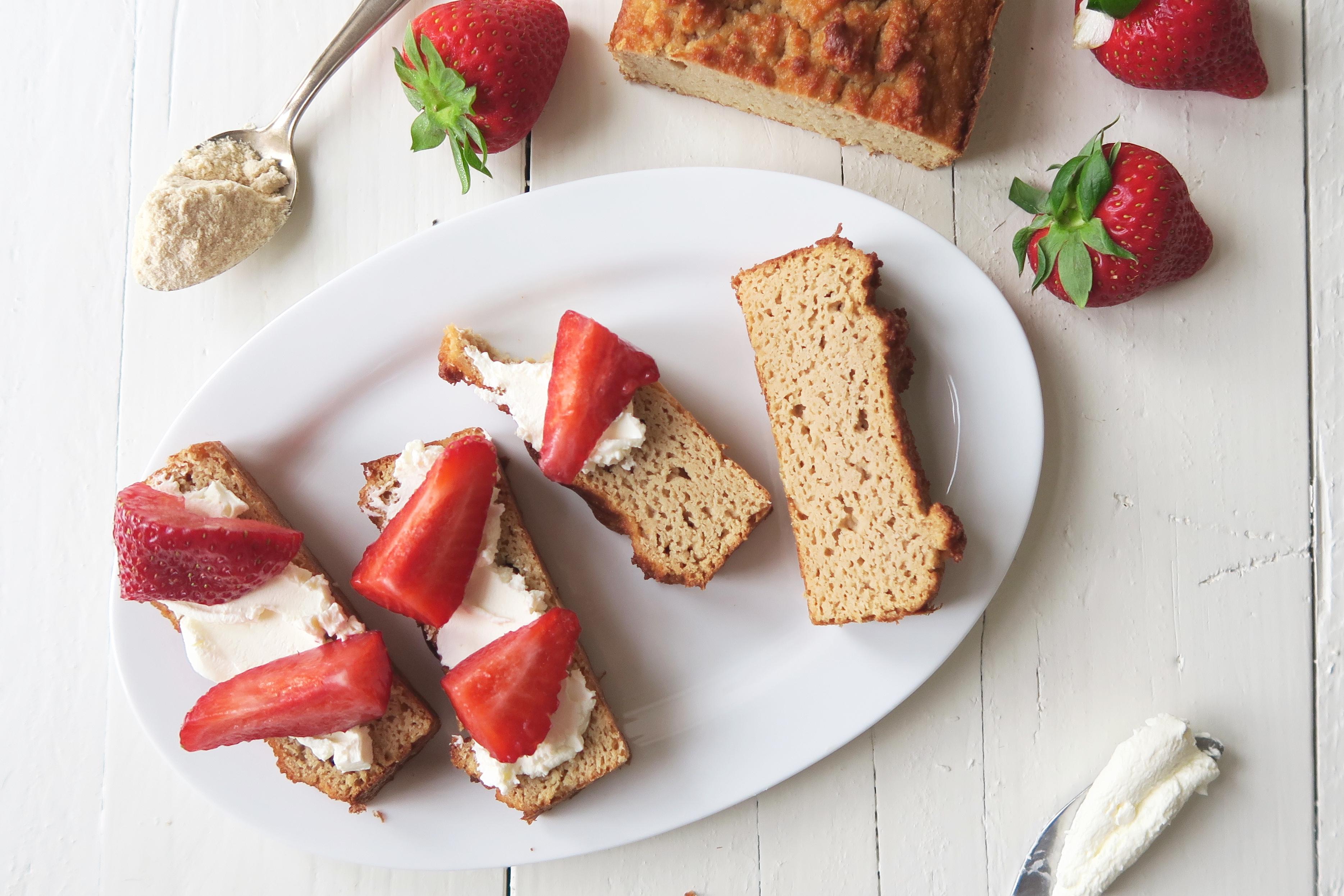 Kokoscake met aardbeien en mascarpone van Beaufood