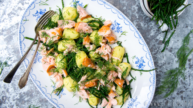 Aardappelsalade met zalm, dille en zeekraal