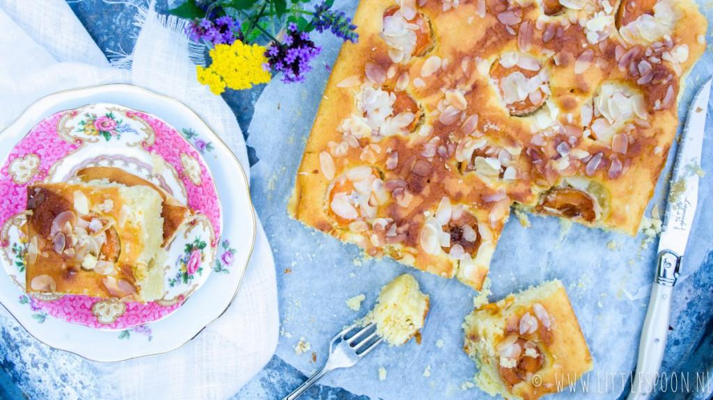 Abrikozencake met amandel