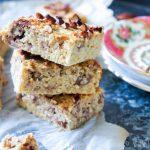 Ontbijtcake met perenmoes en vanille