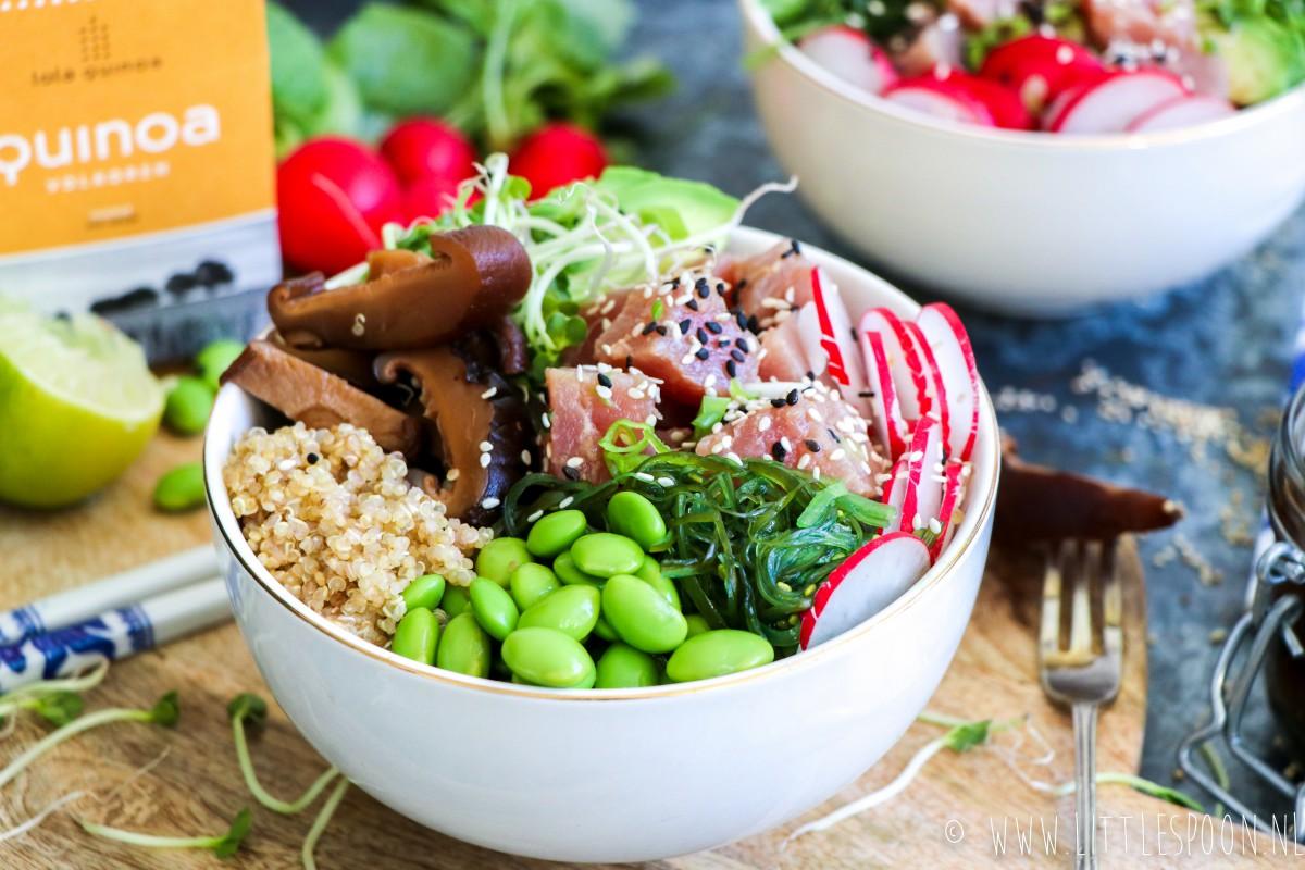 Sushibowl met tonijn, shii-takes en quinoa van Lola Quinoa