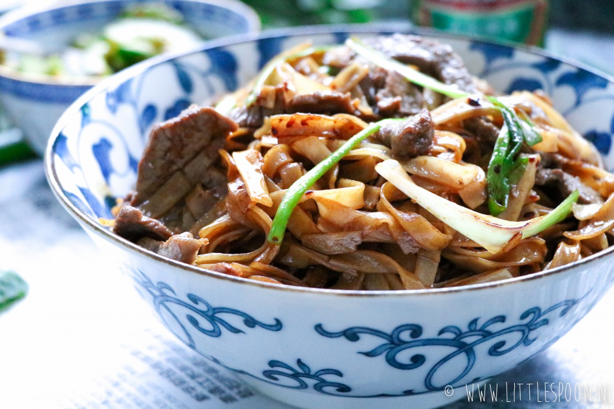 Beef Chow Fun Chinese Noodles Met Biefstuk Little Spoon