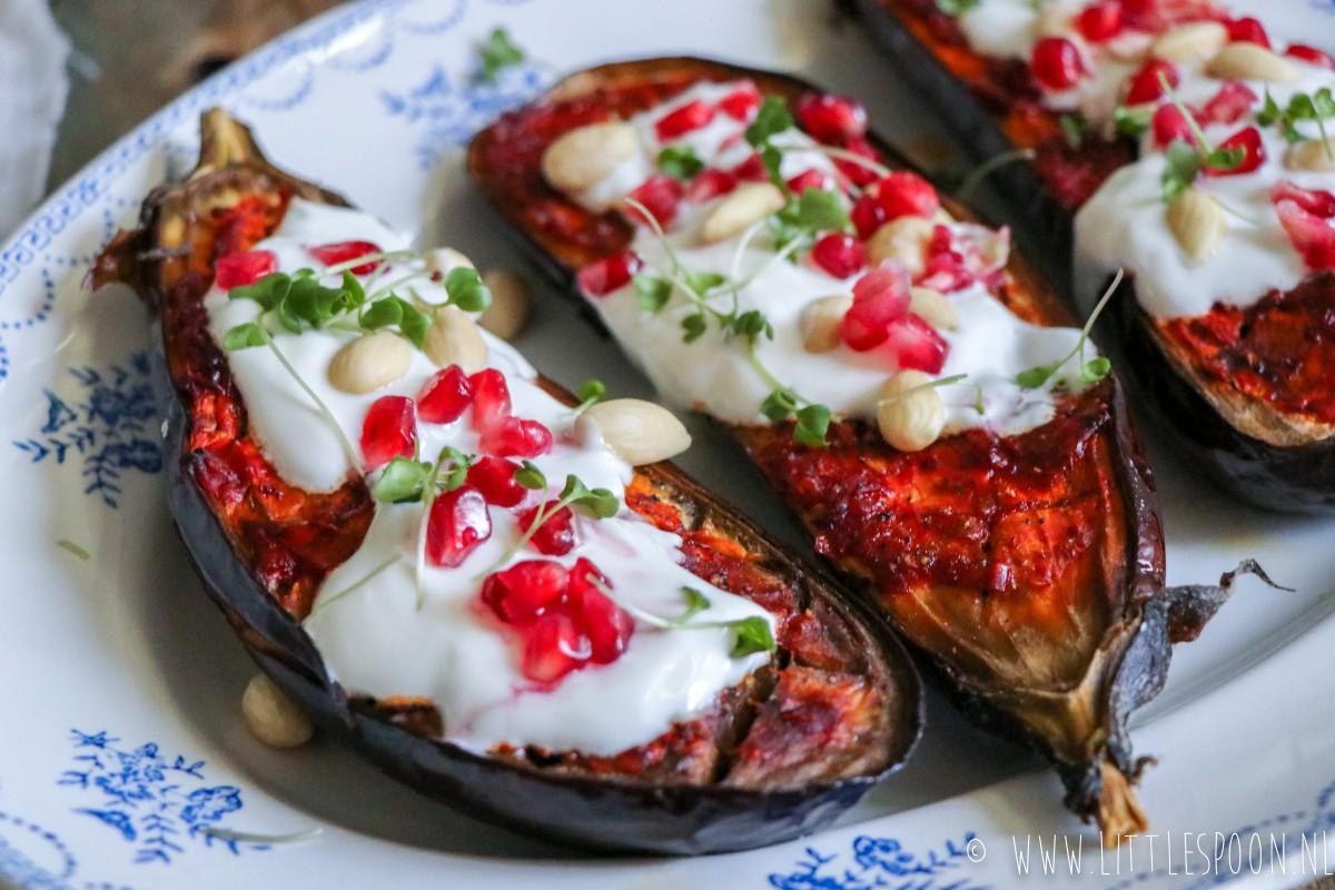 Harissa aubergine uit de oven