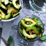 Snelle pittige komkommer kimchi