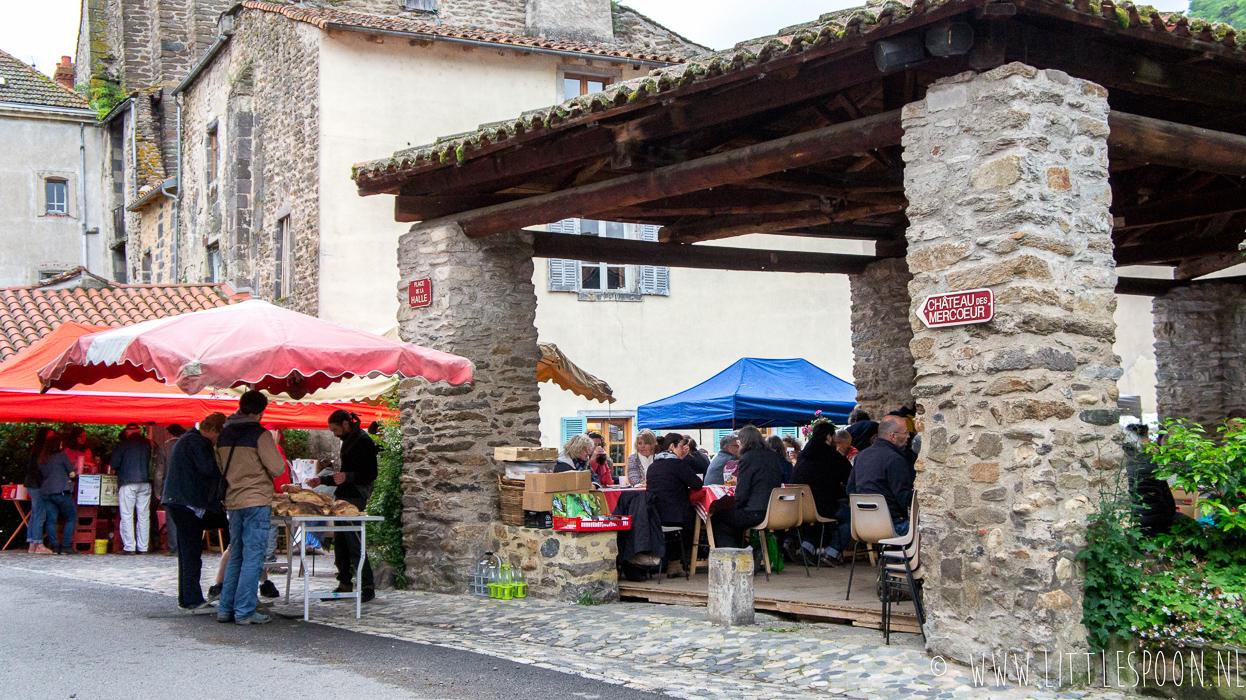 Reisdagboek Auvergne #3: Vulkanen beklimmen, truffade en kaasboerderijen