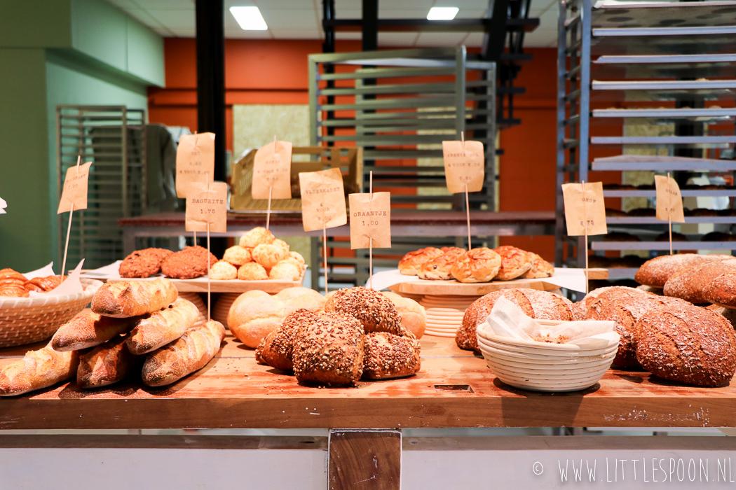 Oorspronkelijk en robuust brood bij De Man die Bakt in Zierikzee