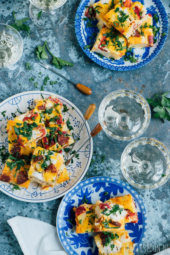 Tortilla met chorizo en geitenkaas