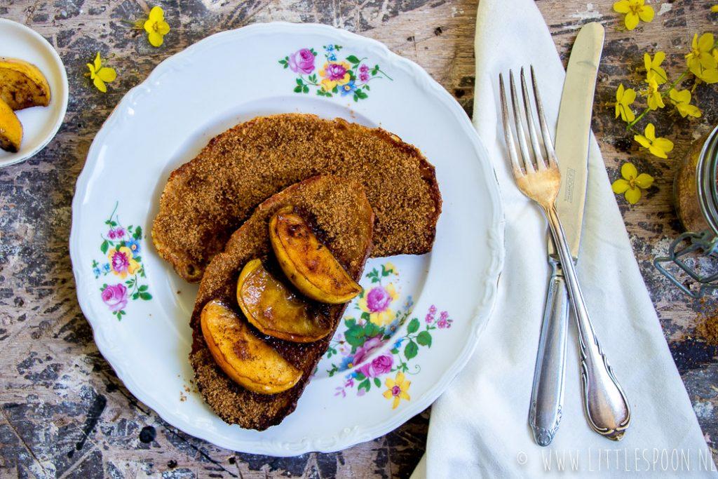 Wentelteefjes met gebakken appel en kaneelsuiker