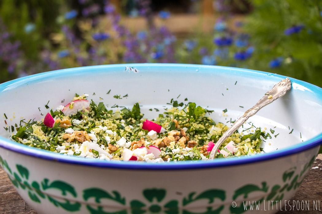 Groene couscous met geroosterde walnoten en feta