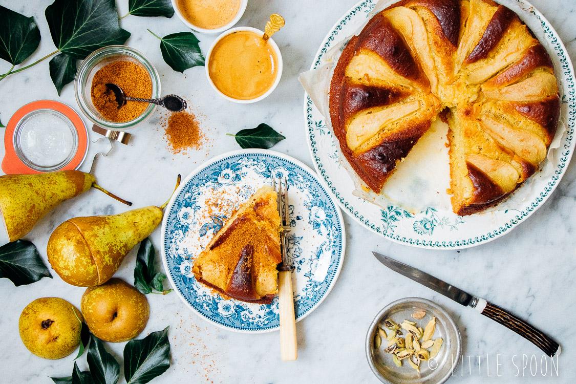 Perentaart met kardemom // Lekker als ontbijt of bij de koffie