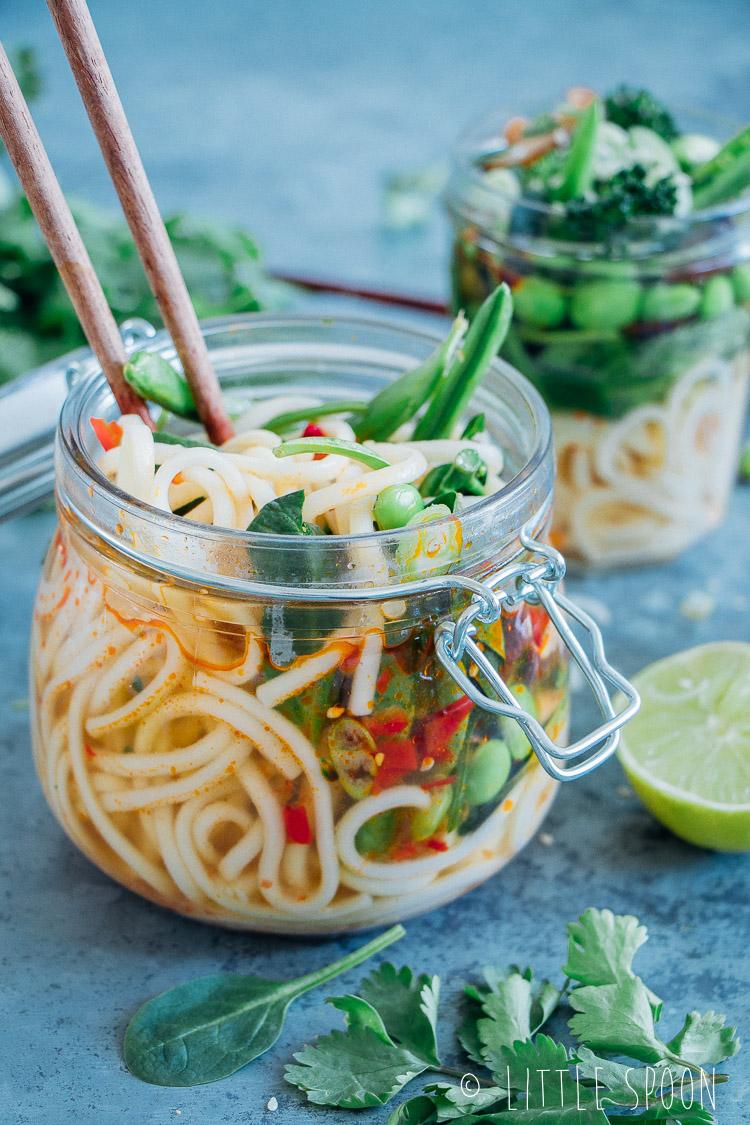 Makkelijke meeneemlunch // Zelfgemaakte instant noodles to go
