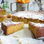 Sinaasappelcake met amandelmeel en maanzaad