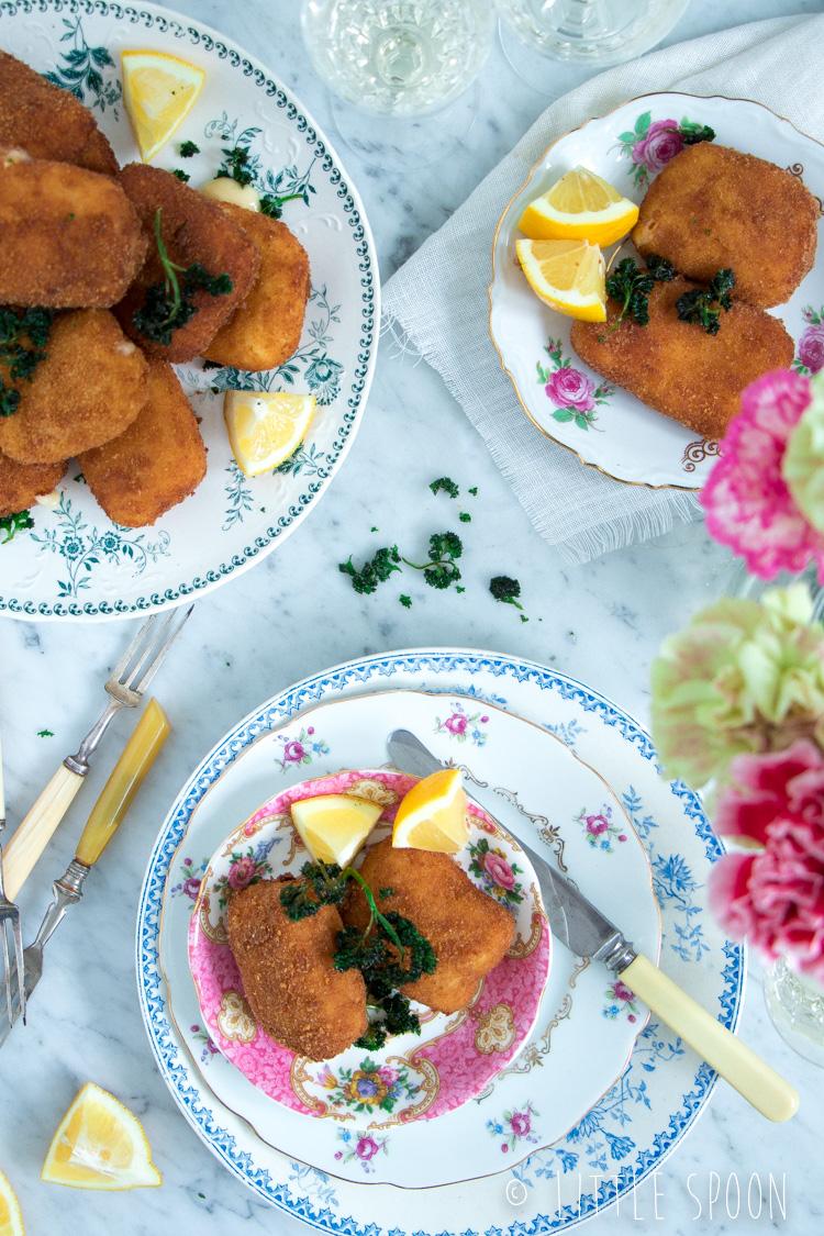 Kaaskroketten met Zeeuws spek en gefrituurde peterselie