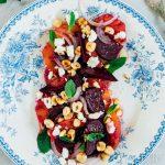 Zelf bietjes roken + salade met gerookte bietjes, bloedsinaasappel, geitenkaas en geroosterde hazelnoten
