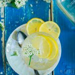 Vlierbloesemlimonade met citroen