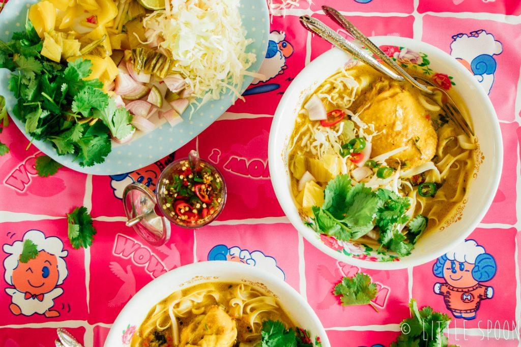 Khao soi // Thaise currysoep met noodles en kip