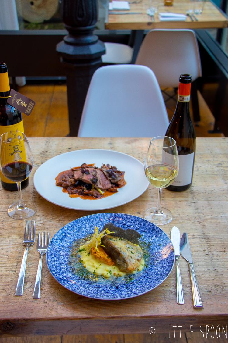 Het Vliegende Hert in Middelburg // Genieten, lekker eten en mooie wijnen
